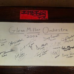 Apparently members of the Glenn Miller Orchestra ate there.. and again in 2003 but I only took one photo.